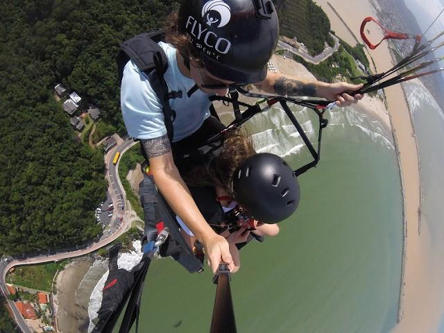 voo de parapente em itajai 5 - Flyco Parapente - Foi Mágico E Olha Que Jamais Pensei Em Voar Assim
