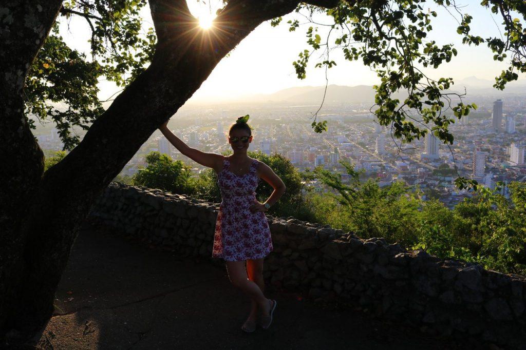 morro da cruz itajai 4 1024x682 - Morro da Cruz Itajaí: Você Precisa Ver O Pôr Do Sol Deste Lugar!