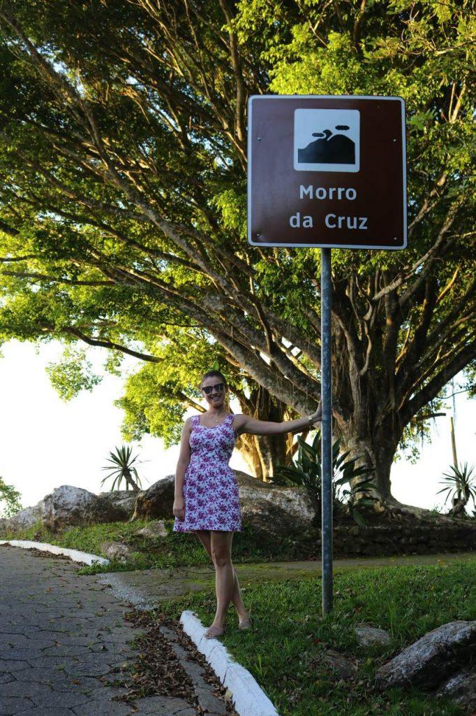 morro da cruz itajai 5 682x1024 - Morro da Cruz Itajaí: Você Precisa Ver O Pôr Do Sol Deste Lugar!