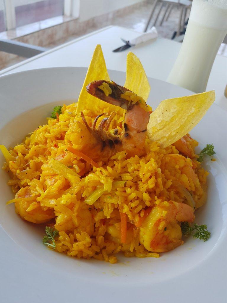 calypso beach hotel san andres 768x1024 - Onde Comer Em San Andres? 10 Sugestões Infalíveis De Restaurantes Com Fotos e Valores