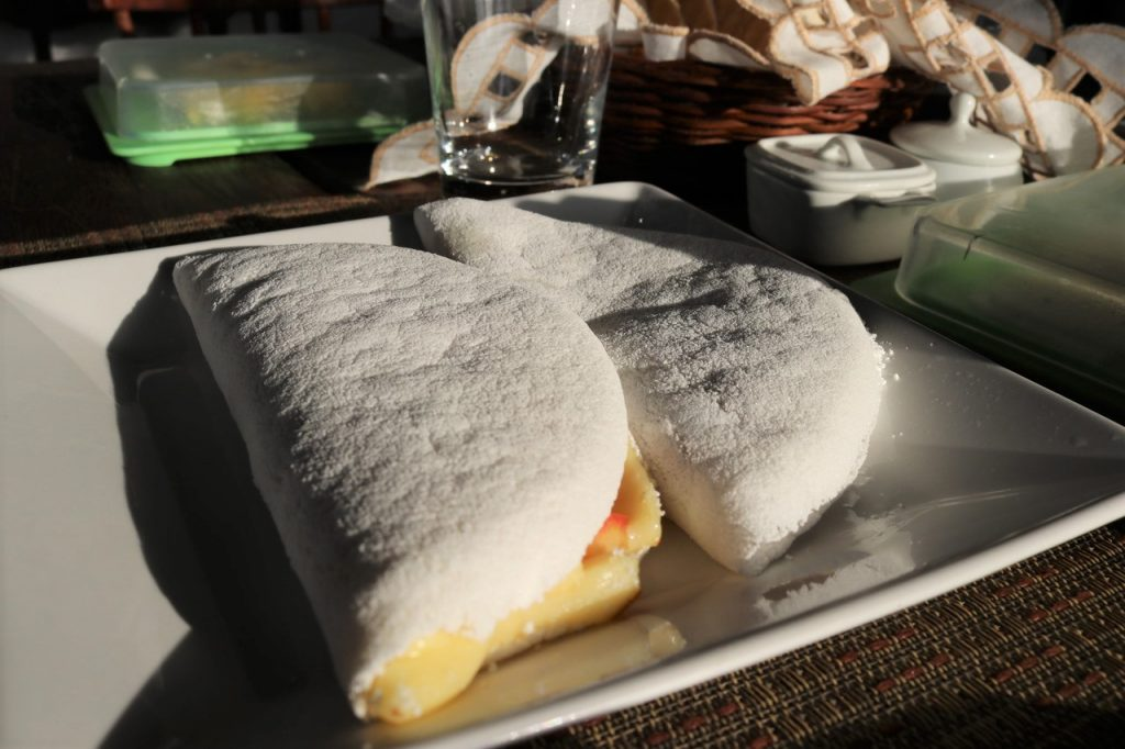 cafe da manha em noronha 1024x682 - Pousada Santuário Noronha- Conheça Uma Opção Excelente De Hotel Em Fernando De Noronha