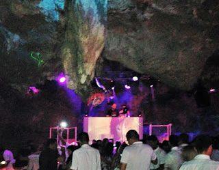Imagine Em Punta Cana -Tenha Uma Experiência Única Dentro De Uma Boate Na Caverna