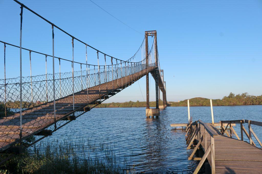 barra velha em santa catarina 1024x683 - Barra Velha Em Santa Catarina - Por que A Ponte Pênsil É Tão Visitada?